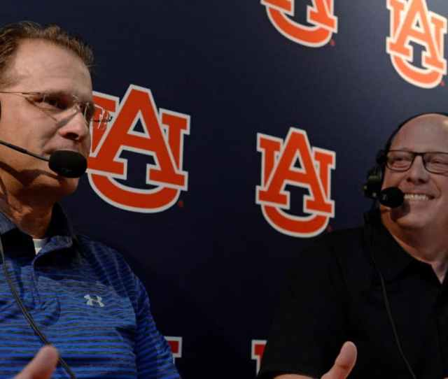 As Auburns One Man Soundtrack Rod Bramblett Was The Backdrop Of The Schools Biggest Moments