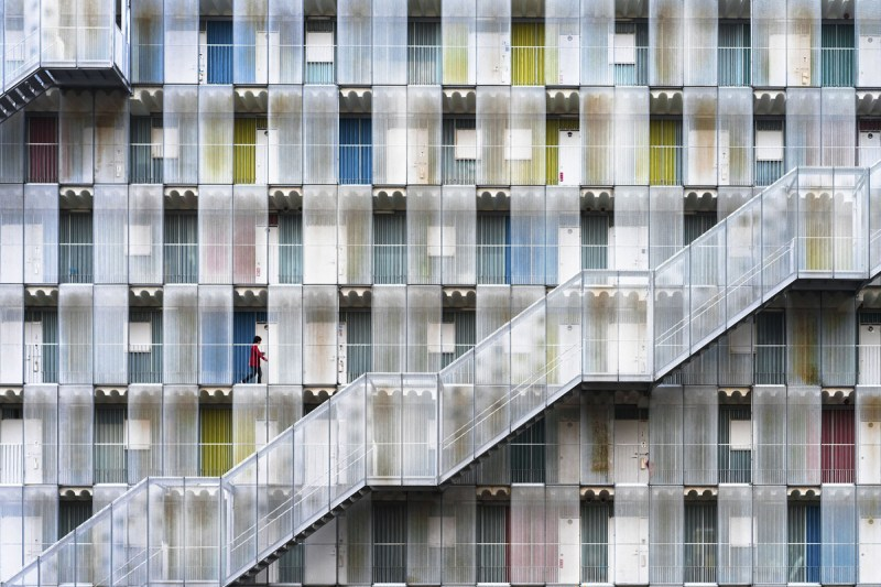 Colorful apartment - © Tetsuya Hashimoto / 2017 National Geographic Travel Photographer of the Year Contest