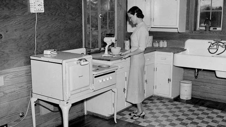 The Sexism Of Standardized American Kitchens The Atlantic
