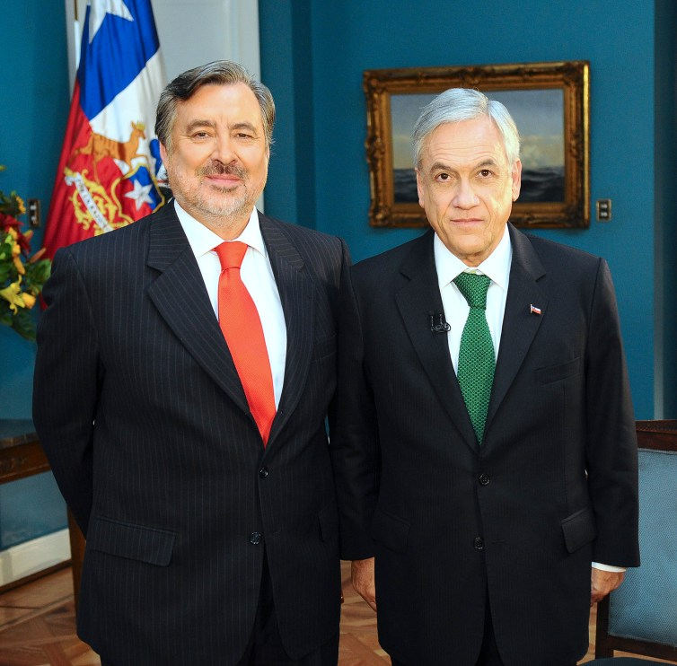 The two main contenders in Chile: Alejandro Guillier (left) and Sebastián Piñera. Credit: Wikimedia Commons