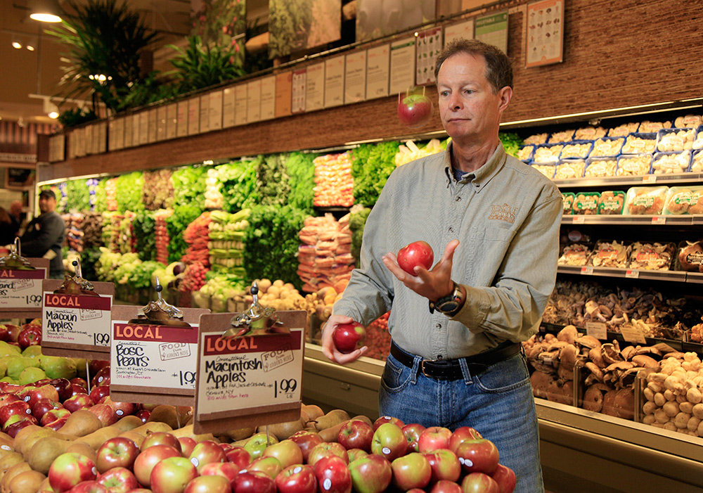 Amazon dives into groceries with Whole Foods: Five questions answered file 20170618 28797 1jjwqbf