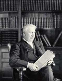 Thomas Alva Edison with his nickel-iron battery in 1910. Wikimedia Commons