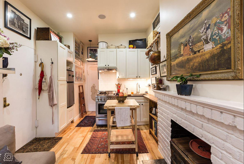 New York Couple Squeeze Into a Tiny 242SquareFoot Prewar