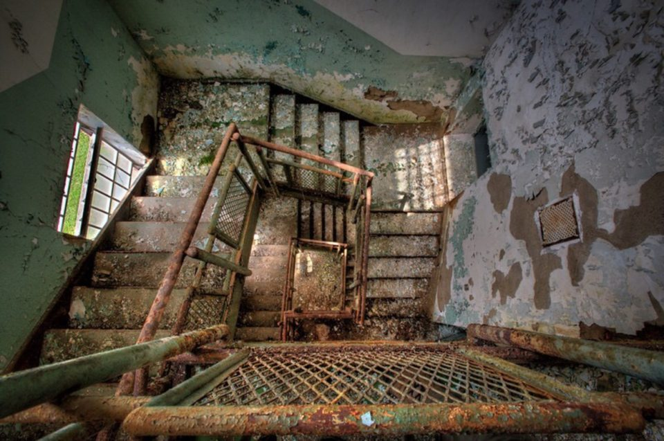 16 Haunted Abandoned Places That Will Make You a Believer