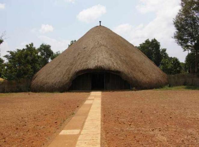 Entrance of The Kasubi Tombs | © Nao Lizuka/Flickr