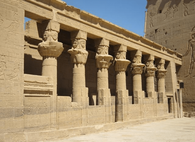 Aswan Horus Temple │©Barthwo / Pixabay