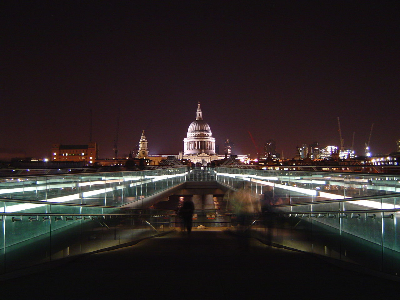 Londons Most Prominent Bridges To Be Lit Up At Night