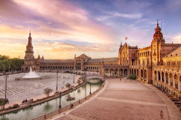 Brunch Spots In Seville Spain