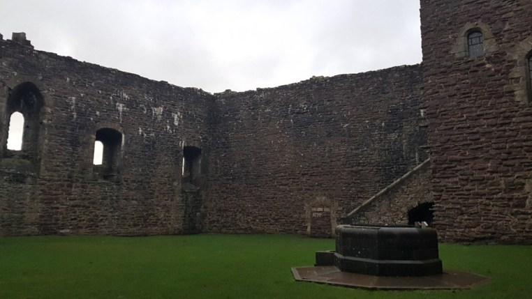 The Courtyard of Doune Castle | © Culture Trip