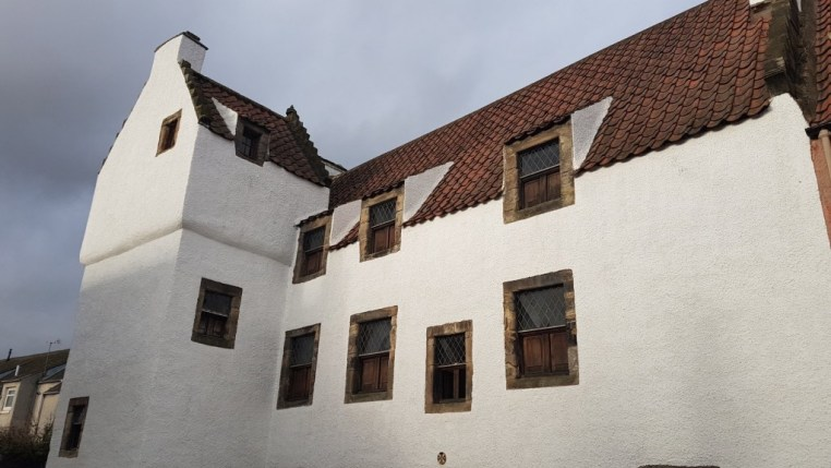 Giellis Duncan's house in Outlander | © Culture Trip