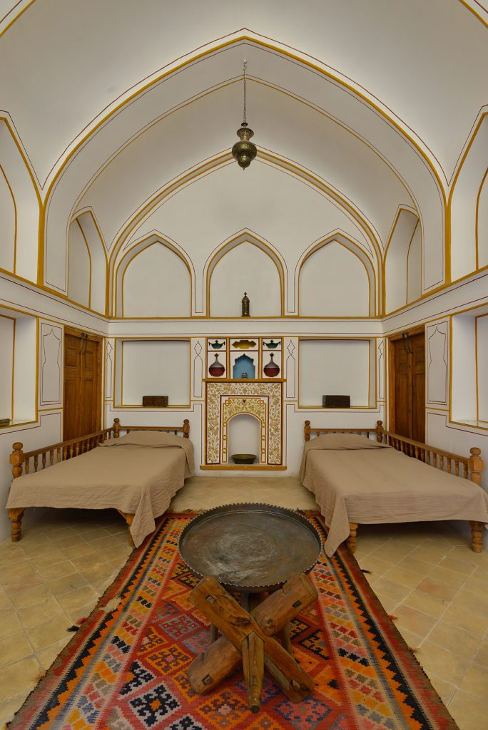 See Inside The Most Beautiful Homes In Iran With This New Book