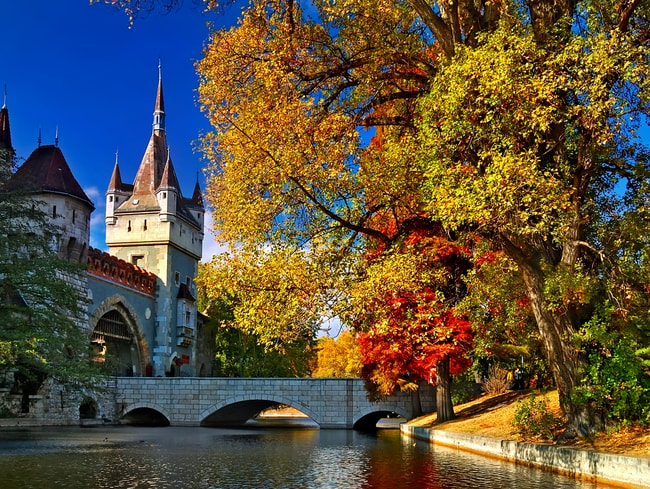 Central Park In Fall Wallpaper 11 Of The Best And Cheapest European Cities To Visit This