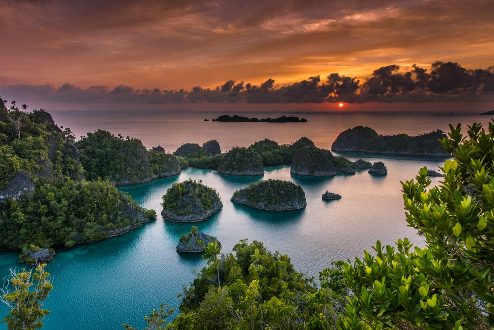 Free Early Fall Wallpaper 15 Breathtaking Photos Of Raja Ampat Indonesia
