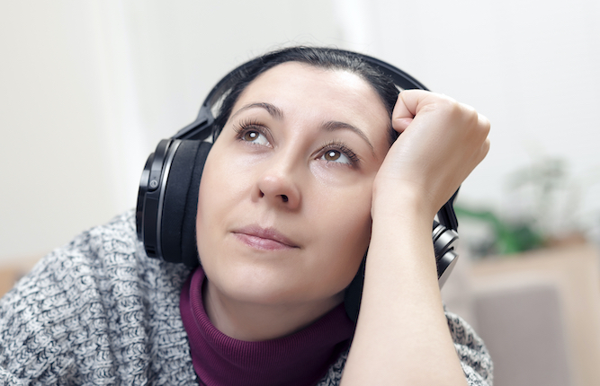 Listening to audiobooks 'does not count as reading'