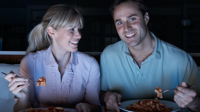 Couple eat so f**king late