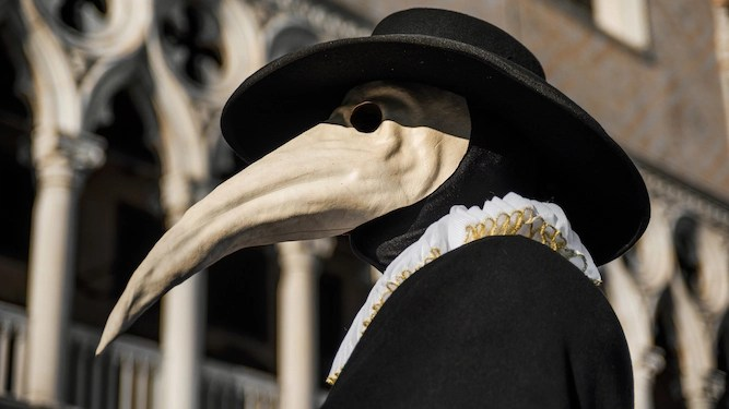 How Britain's media would respond to bubonic plague