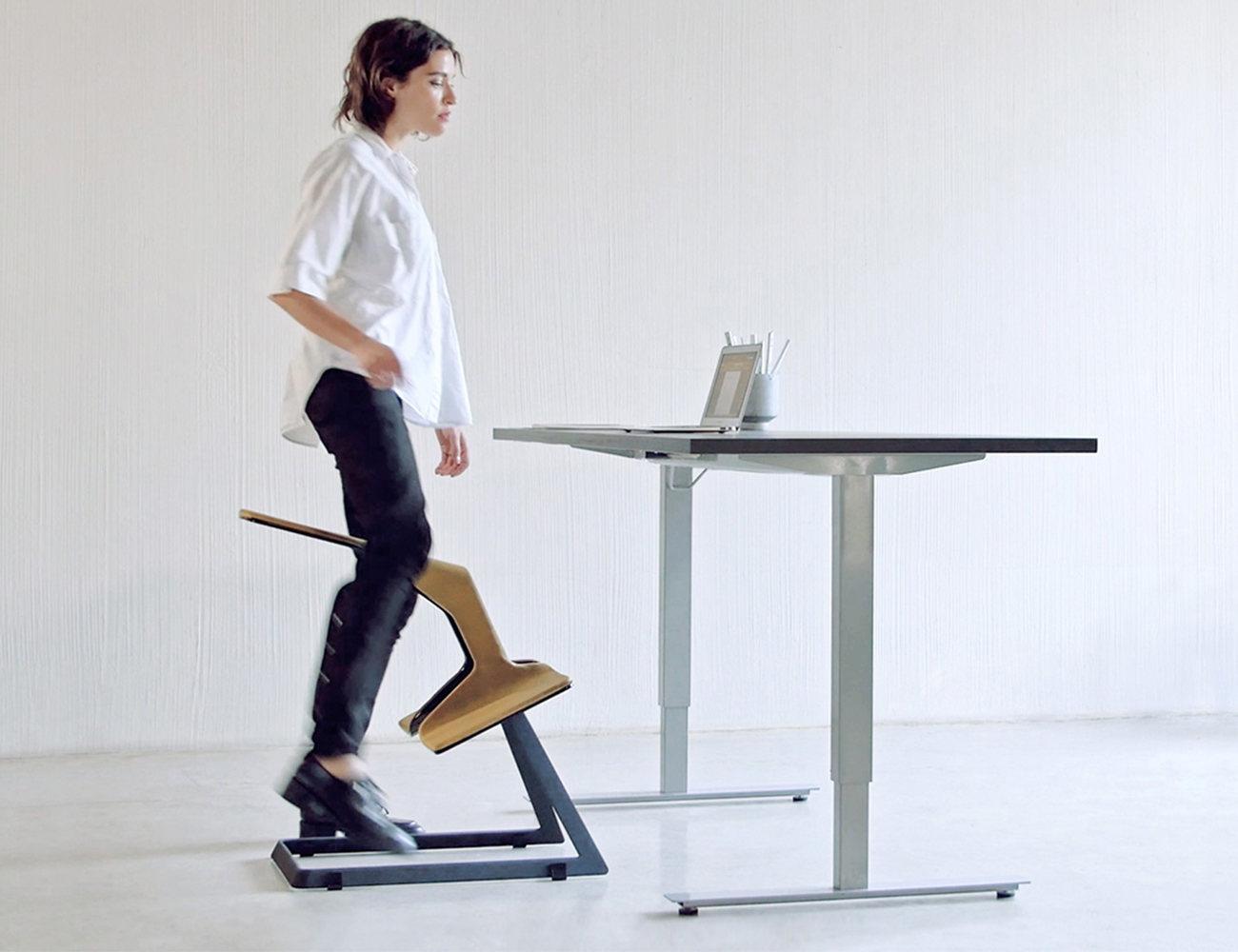 desk chair knees osaki os 3d cyber pro massage w  the truly ergonomic gadget flow