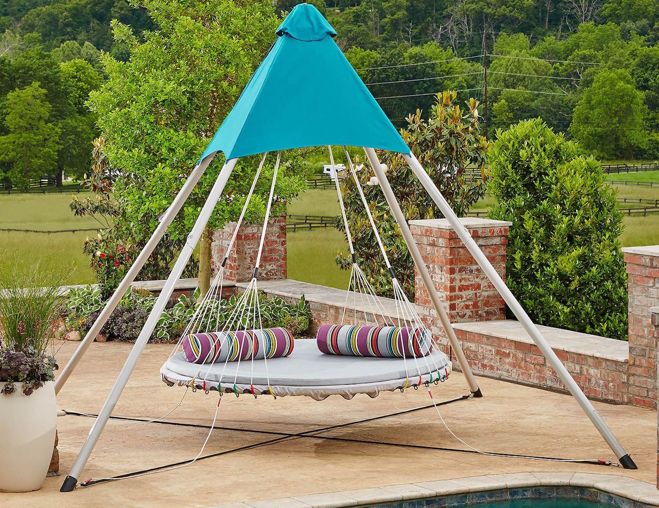 hanging chair sams club retro dining room chairs skybed  the suspended luxury lounger swing gadget flow