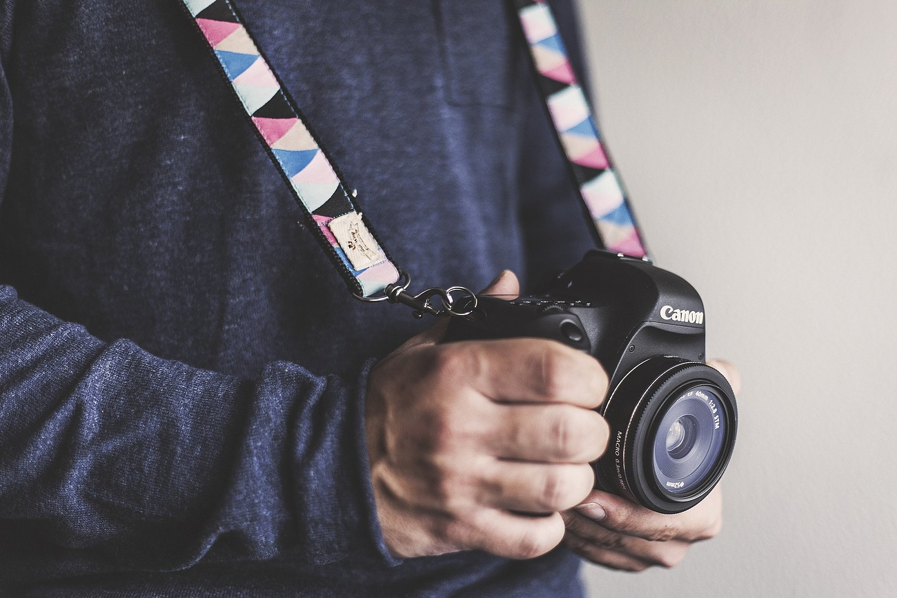 Congo Camera Strap by Tail Wag 01
