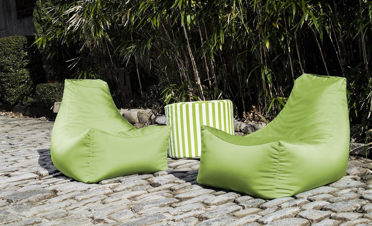 Outdoor Bean Bag Chairs Juniper Outdoor Bean Bag Chair Review The Gadget Flow