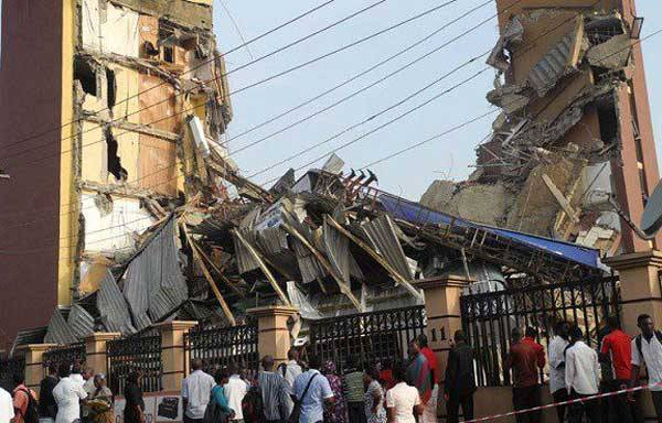 Related image MANY TRAPPED AS ANOTHER UNCOMPLETED 3-STOREY BUILDING COLLAPSES IN ONITSHA MANY TRAPPED AS ANOTHER UNCOMPLETED 3-STOREY BUILDING COLLAPSES IN ONITSHA 318201952336 lagosbuildingcollapse