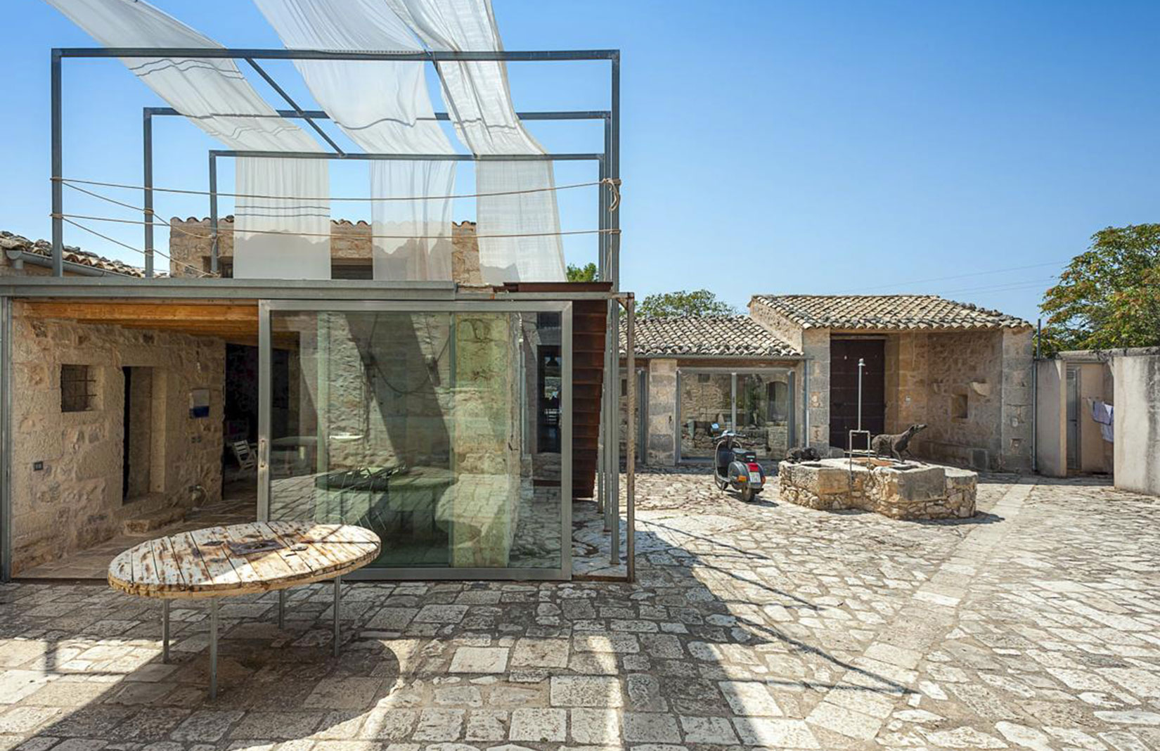 Holiday Home Of The Week A Restored Farmhouse On A Sicilian Unesco Site The Spaces