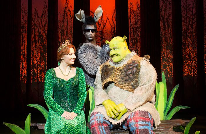 Shrek The Musical Tour Goes Back On The Road In 2017