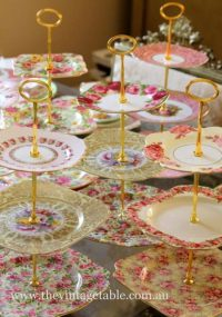 How To Make A Plate Cake Stand Easily At Home | The WHOot