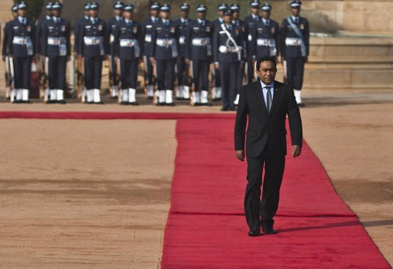 Maldives President Abdulla Yameen inspects a guard of honour during his ceremonial reception at the forecourt of India's presidential palace Rashtrapati Bhavan in New Delhi January 2, 2014. Credit: Reuters/Ahmad Masood/Files