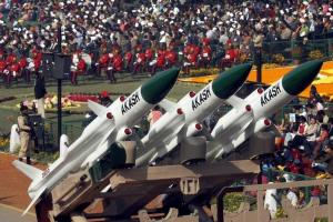 "India's ""Akash"" missiles, mounted on a truck, are displayed during the Republic Day parade in New Delhi January 26, 2007. Credit: Reuters/B. Mathur/Files"