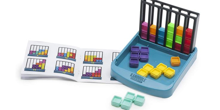 The Educational Insights Kanoodle Gravity kids 3-d puzzle game.