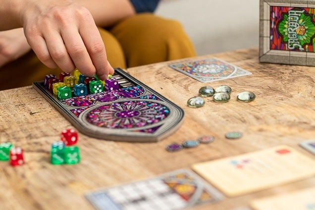 Top 7 Awesome Single-Player Board Games - gamologi.com
