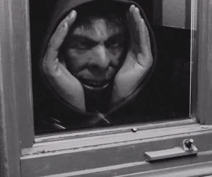 Creepy Peeping Tom Prank Toy