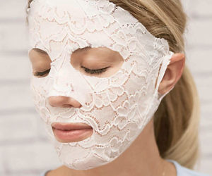 Lace Your Face Facial Mask