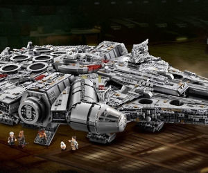 LEGO Millennium Falcon Set