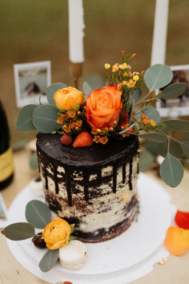 Naked Cake Decoration Legacy Yen Tu wedding elopement vietnam