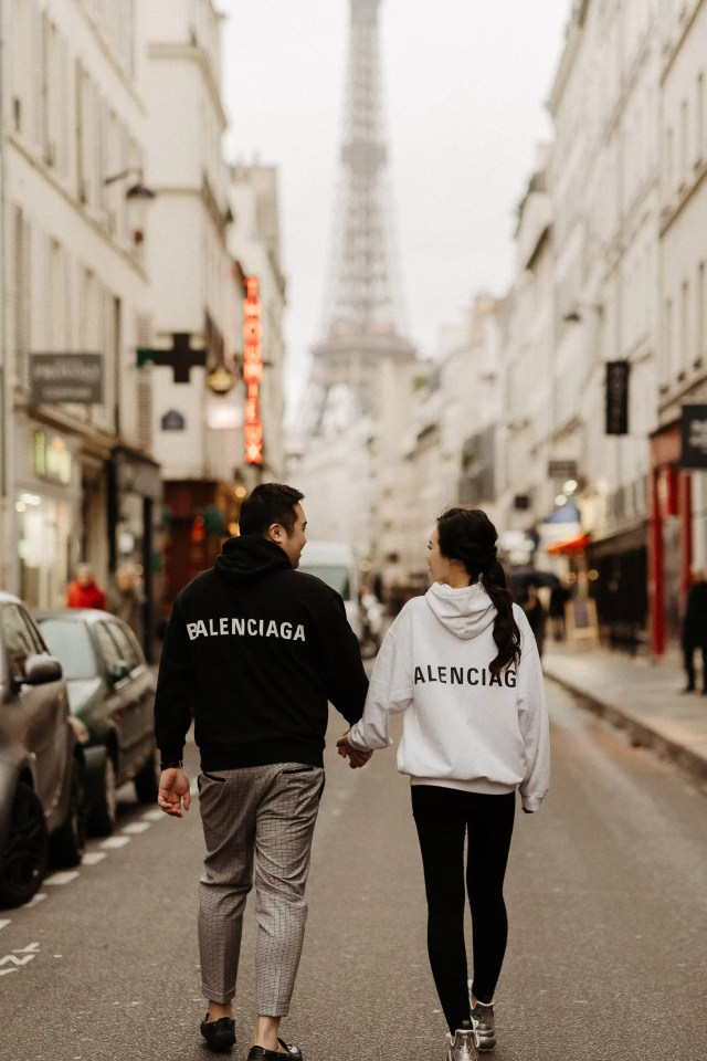 balenciaga couple paris