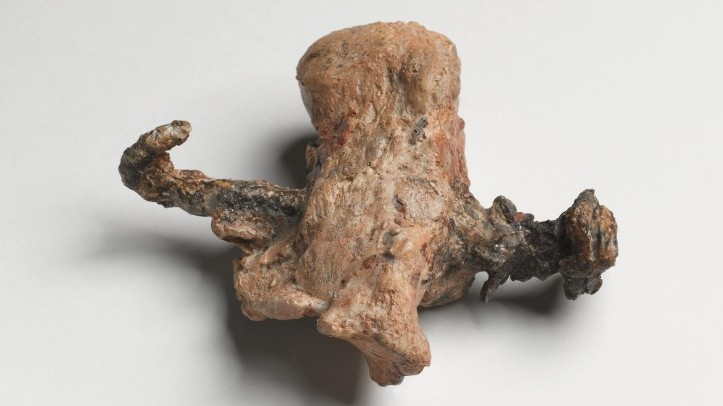The heel bone and nail from the ossuary of Yehohanan. (photo credit: Courtesy of the Israel Museum. Photographer: Ilan Shtulman)