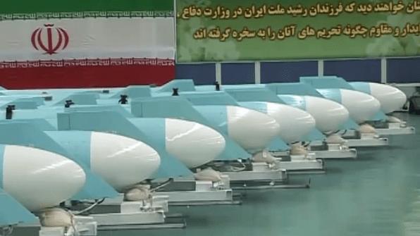 Rangée de missiles iraniens Qadir, révélés en 2011. (Capture d'écran : YouTube/PressTV)
