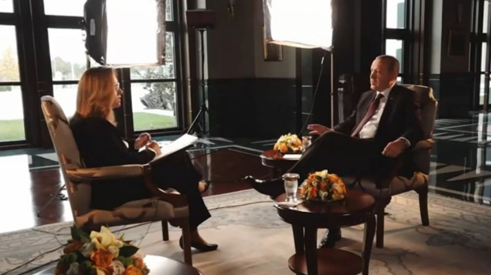 Turkish President Recep Tayyip Erdoğan interviewed by Israeli reporter Ilana Dayan, November 2016 (Screen capture: Channel 2)