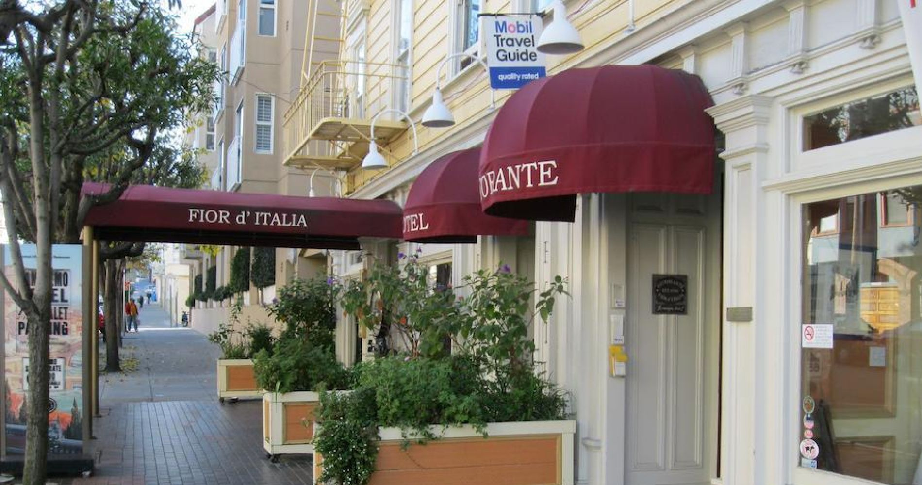 San Remo Hotel Hotels And Overnight Stays Tinggly