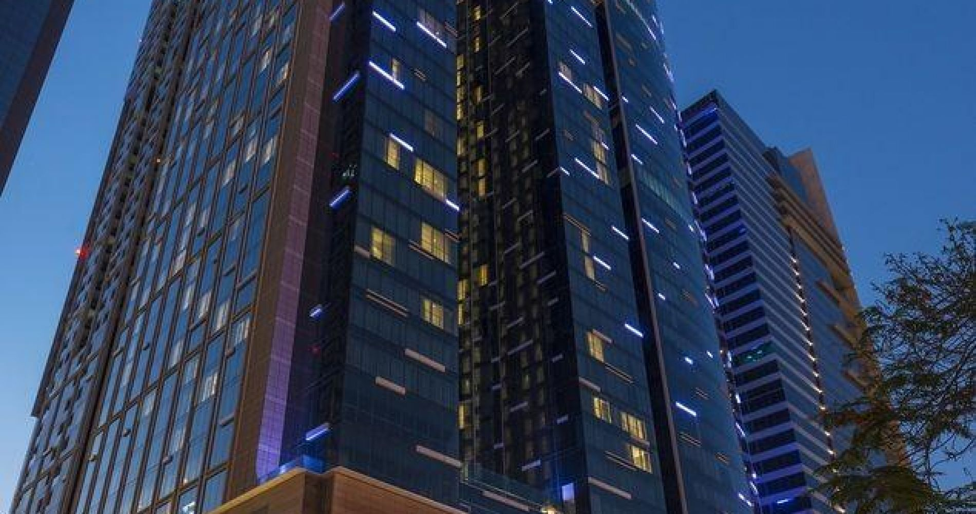 Sheraton Grand Hotel Dubai Hotels And Overnight