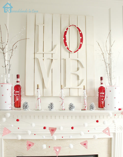LOVE Valentine Mantle