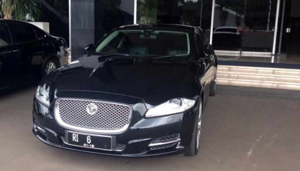 Mobil Jaguar RI-6 Setya Novanto Bikin Heboh DPR