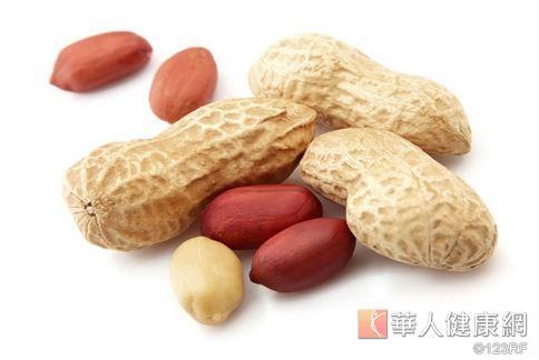 花生含有豐富維生素B2、單不飽和脂肪酸,此外還能幫助減重,相信嗎?