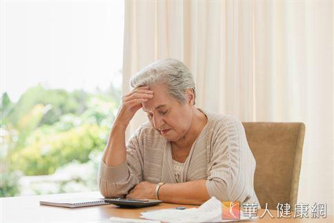如有偏頭痛問題,應尋求專業神經內外科醫師的診斷與協助。