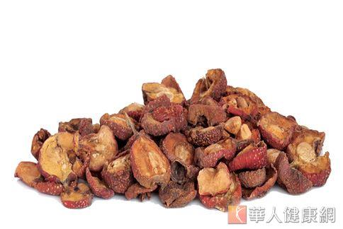 山楂具有消脂、活血、清除月經血塊、緩解經痛的作用,是常見的減重藥材。