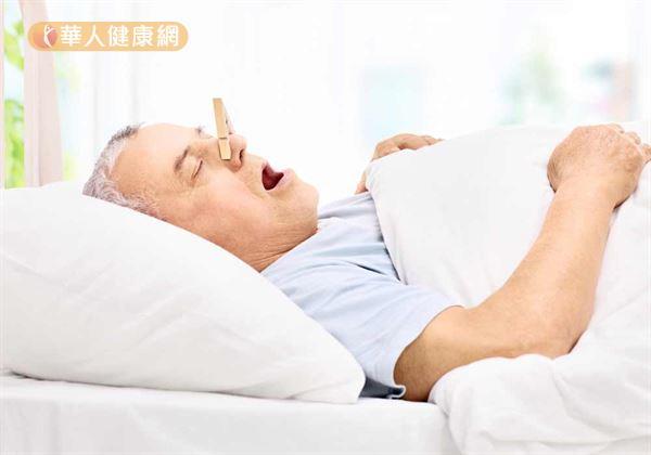 扁桃腺腫大別輕忽 防誘發睡眠呼吸中止癥 | 耳鼻喉病癥 | 耳鼻喉 | 健康新知 | 華人健康網
