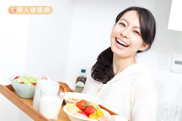 熬夜吃B群提神有效嗎?半夜好精神要這樣做~ | 馬尚榮 | 養生保健 | 華人健康網