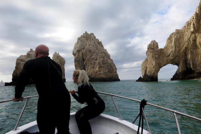 Scuba Diving Los Cabos - ScubaCaribe